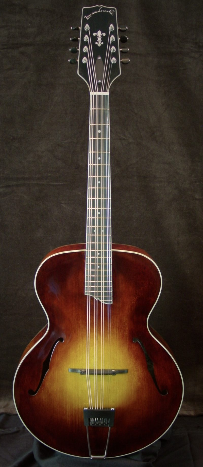 Canyon Series: Octave Mandolins mandolin completed builds 241 800x1839