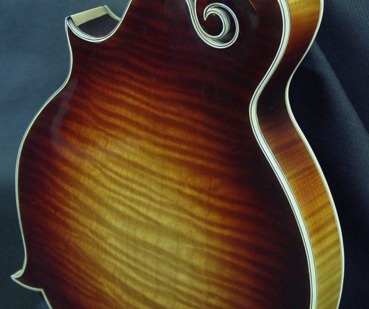 River Series: F-Style Mandolins f5 19 040 04 740x620